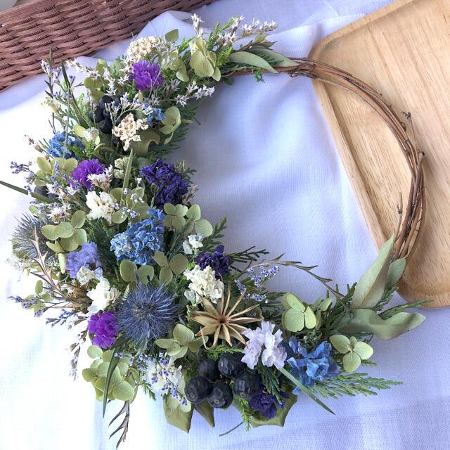 森の小花のリース♡ドライフラワーリース ハンドメイドのフラワー/ガーデン(ドライフラワー)の商品写真