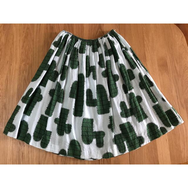 mina perhonen(ミナペルホネン)のミナペルホネン cuctus スカート サボテン柄 36サイズ リネン レディースのスカート(ひざ丈スカート)の商品写真