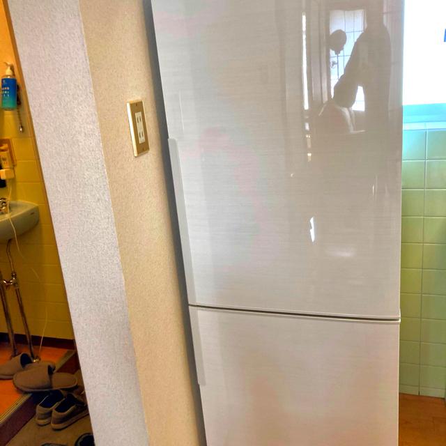 SHARP(シャープ)のSHARP 冷蔵庫271L SJ-PD27D-W プラズマクラスター7500搭載 スマホ/家電/カメラの生活家電(冷蔵庫)の商品写真