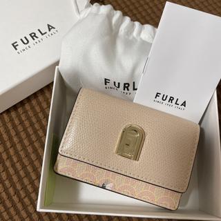 Furla - 未使用 フルラ 折り財布 鳥 ピンクベージュ ミニ財布 三つ折り