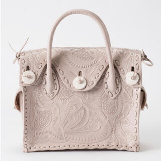 GRACE CONTINENTAL - 美品✨ グレースコンチネンタル カービングバッグ