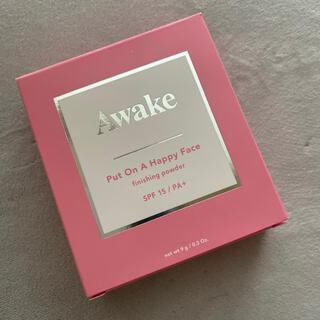 アウェイク(AWAKE)のAwake プットオンアハッピーフェイス フィニッシングパウダー00 新品(ファンデーション)