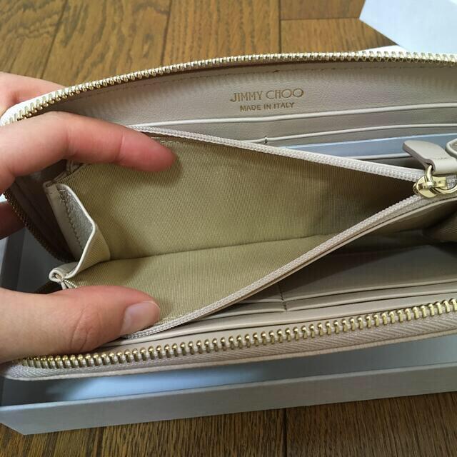 JIMMY CHOO(ジミーチュウ)の(新品未使用) ジミーチュウ 長財布 ピンクベージュ JIMMY CHOO レディースのファッション小物(財布)の商品写真