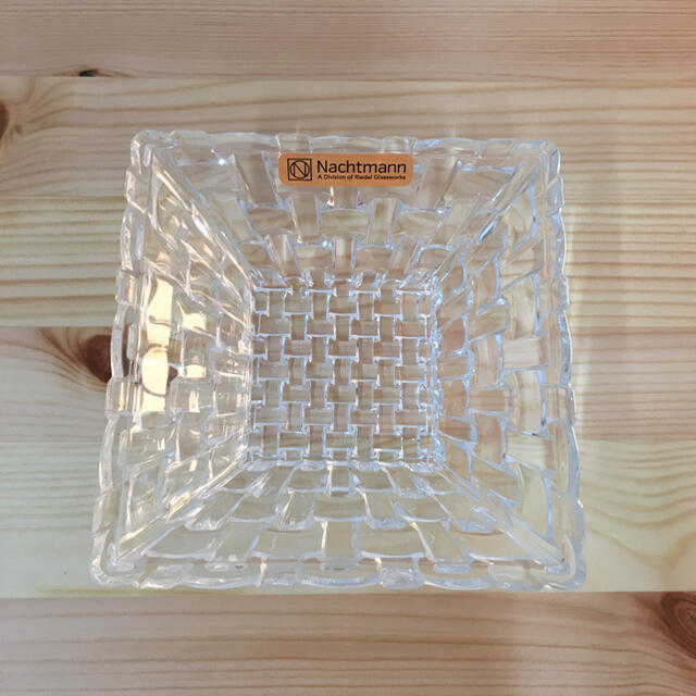 Nachtmann(ナハトマン)の【新品】ナハトマン ボサノバ スクエアボウル ペア 12cm インテリア/住まい/日用品のキッチン/食器(食器)の商品写真