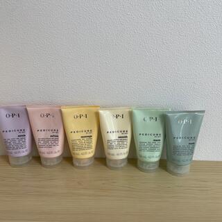 オーピーアイ(OPI)の新品未使用品 OPI PEDICURE 4本+おまけ2本(化粧水/ローション)