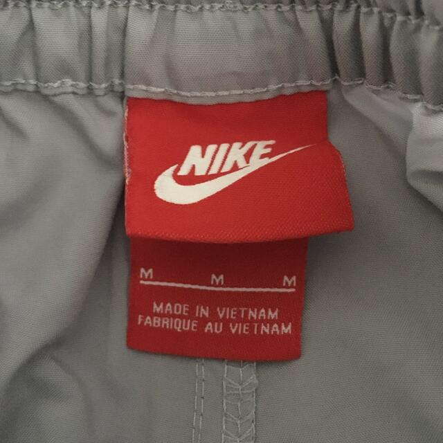 NIKE(ナイキ)のNIKE ハーフパンツ M 140cm キッズ/ベビー/マタニティのキッズ服男の子用(90cm~)(パンツ/スパッツ)の商品写真