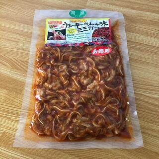 うま辛キムチ味ミミガー (レトルト食品)