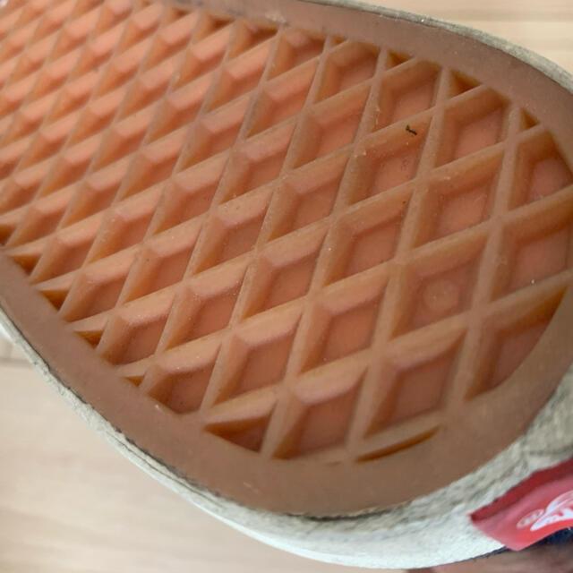 VANS(ヴァンズ)のvans チャッカ ネイビー 28.0cm メンズの靴/シューズ(スニーカー)の商品写真
