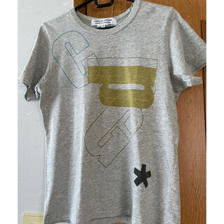 COMME des GARCONS - COMME des GARÇONS(コムコム)Tシャツ グレー半袖 SSサイズ