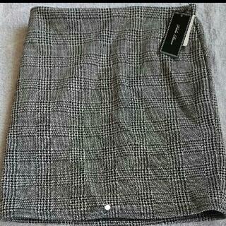 アベイル(Avail)のAvail ブラックチェックミニスカート(ミニスカート)