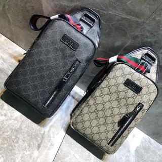 グッチ(Gucci)のGucci ショルダーバッグ(ウエストポーチ)