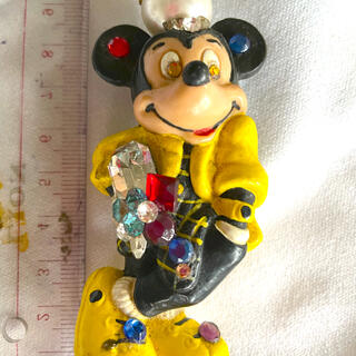 ディズニー(Disney)のカリフォルニアディズニーで購入 ミッキーブローチ(ブローチ/コサージュ)