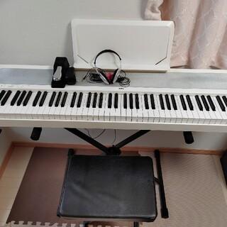 コルグ(KORG)のKORG B1WH 17年製 Xスタンド・イス・ヘッドホンセット 直接お渡し(電子ピアノ)