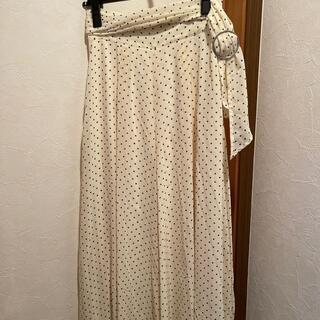 シュープリームララ(Supreme.La.La.)のsupreme lala ドットベルト付きスカート見えパンツ(未使用品)(カジュアルパンツ)