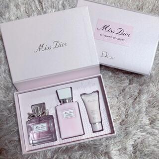 Dior - Dior ライフスタイル コフレ 香水/ボディミルク/ハンドクリーム