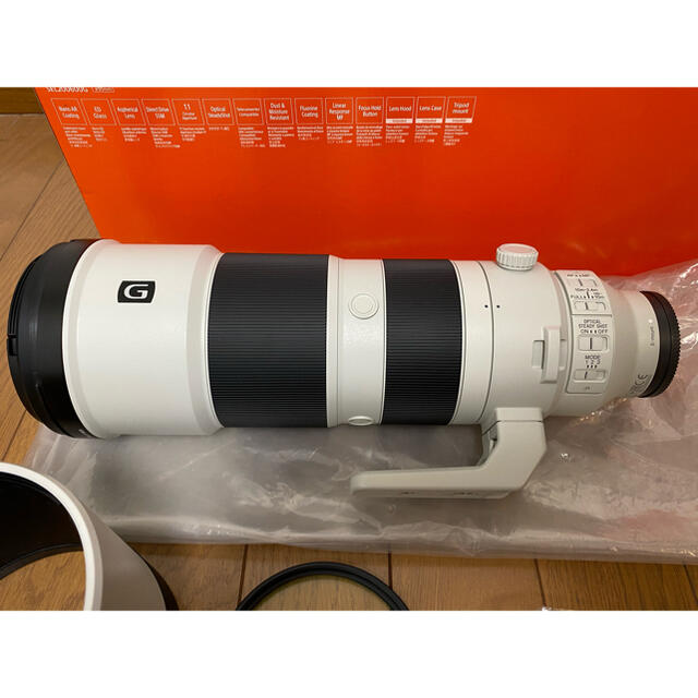 SONY(ソニー)のSONY FE 200-600mm F5.6-6.3G OSS 超美品 スマホ/家電/カメラのカメラ(レンズ(ズーム))の商品写真