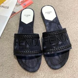 フェンディ(FENDI)の美品 Fendi フェンディ スリッパ ハイヒール 23cm(サンダル)