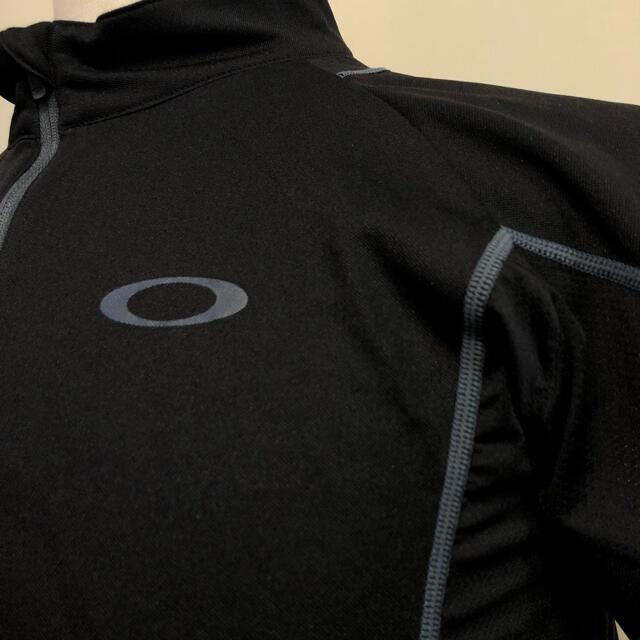 Oakley(オークリー)のオークリー ゴルフ スポーツシャツ ウェアブラック  Lサイズ スポーツ/アウトドアのゴルフ(ウエア)の商品写真