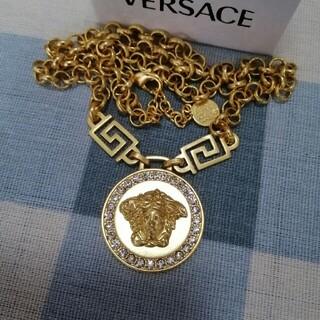 ヴェルサーチ(VERSACE)の未使用品 金色  Versace 男女兼用 ネックレス (ネックレス)