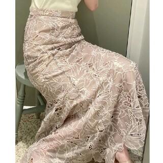 snidel - センシュアルな魅力高まるオリジナルレーススカート