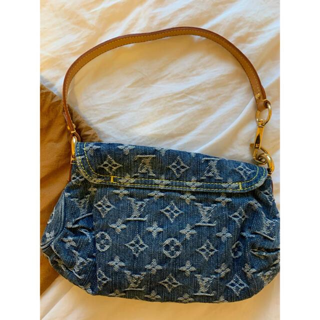 LOUIS VUITTON(ルイヴィトン)のルイヴィトン デニムミニプリティーショルダーバッグ ハンドバッグ レディースのバッグ(ハンドバッグ)の商品写真