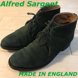 アルフレッドサージェント(Alfred Sargent)のアルフレッドサージェント イギリス製 スウェードチャッカブーツ オリーブグリーン(ブーツ)