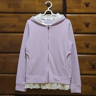 ナイスクラップ(NICE CLAUP)の美品 パーカー レース 紫(パーカー)