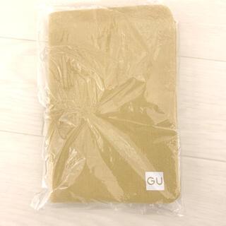 ジーユー(GU)のGU マスクケース(新品未開封)(ポーチ)