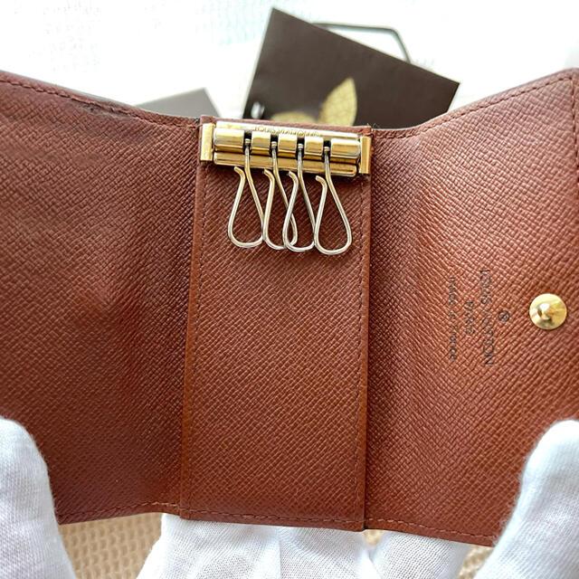 LOUIS VUITTON(ルイヴィトン)のLOUIS  VUITTON ルイ・ヴィトン モノグラム キーケース 4連 レディースのファッション小物(キーケース)の商品写真