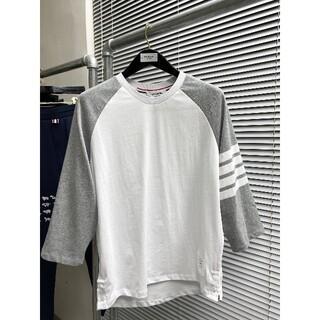 トムブラウン(THOM BROWNE)のTHOM BROWNE 香港限定パッチワークカラーの7点スリーブtシャツ(Tシャツ/カットソー(七分/長袖))