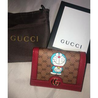 Gucci - GUCCI ドラえもんコラボ 二つ折り財布
