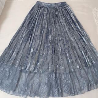 リルリリー(lilLilly)のlilLilly ベロアスカート(ひざ丈スカート)