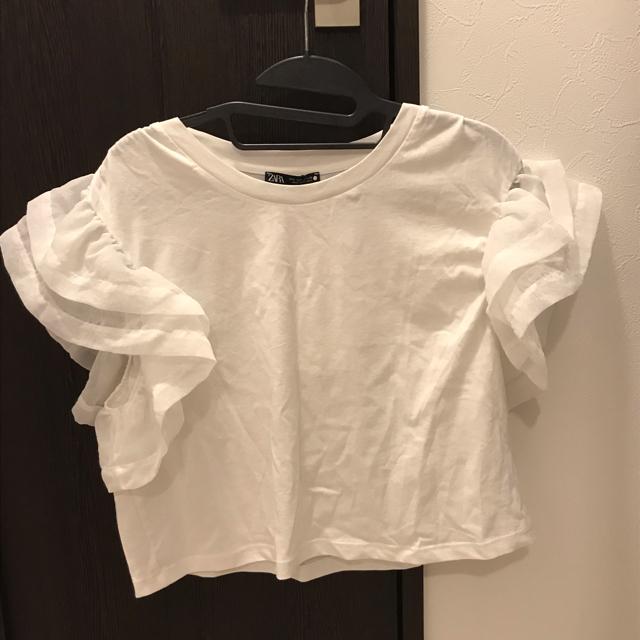 ZARA(ザラ)のZARA 新品未使用 袖フリルTシャツ レディースのトップス(Tシャツ(半袖/袖なし))の商品写真