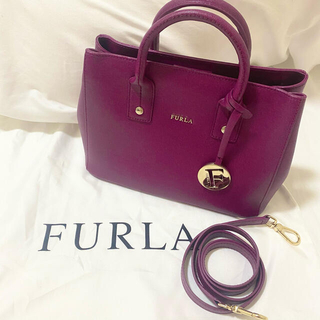 Furla - 【美品】FURLA ハンドバッグ