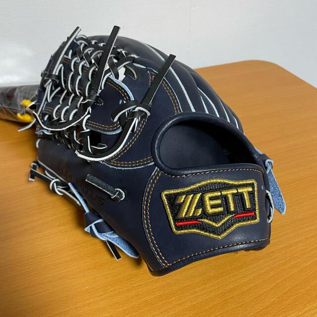 ZETT(ゼット)の新品未使用!ZETT軟式プロステイタス 外野手グラブ! スポーツ/アウトドアの野球(グローブ)の商品写真