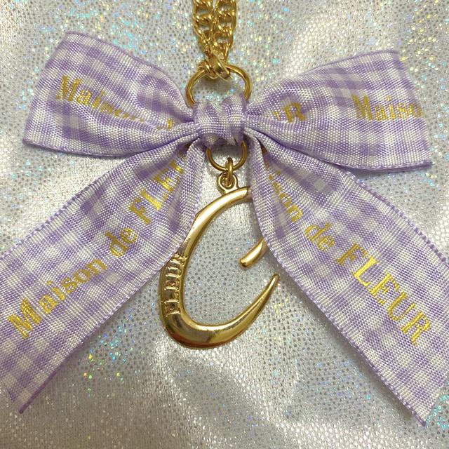 Maison de FLEUR(メゾンドフルール)のMaison de FLEUR 紫 チェック イニシャル チャーム J C ハンドメイドのファッション小物(バッグチャーム)の商品写真