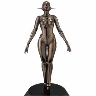 MEDICOM TOY - Sexy Robot floating 1/4 scale black 空山基