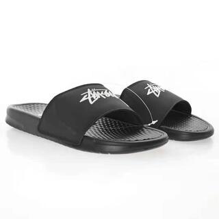 ナイキ(NIKE)のstussy x nike sportswear benassi slides(サンダル)