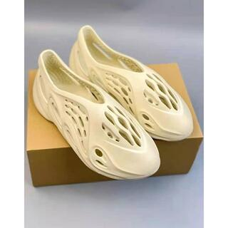 アディダス(adidas)の新ADIDAS YEEZY FOAM RUNNER SAND 28CM(サンダル)