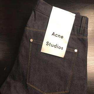 アクネ(ACNE)のacne ジーンズ(デニム/ジーンズ)
