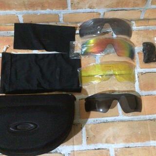Oakley - オークリー OAKLEY POLARIZEサングラス 遮光レンズ ケース付