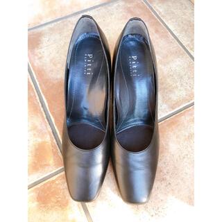 ピッティ(Pitti)の値下げました❗️【美品】Pitti feminine パンプス 黒 革靴(ハイヒール/パンプス)