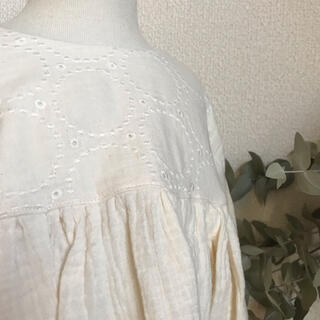 値下げ 1点ずつのみ サークル刺繍のぽわん袖プリンセスワンピース(ファッション雑貨)