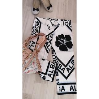 アルバローザ(ALBA ROSA)のアルバローザ サブリナ ボトムス レディースファッション Mサイズ(カジュアルパンツ)