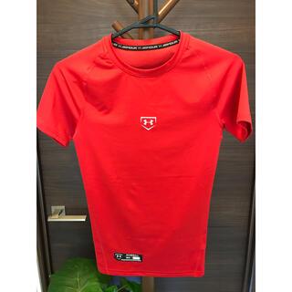 アンダーアーマー(UNDER ARMOUR)の2♦︎新品 新価格 アンダーアーマー アンダーシャツ 丸首 半袖 Sサイズ 赤(ウェア)