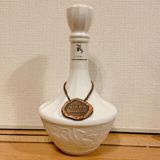 ニッカウイスキー(ニッカウヰスキー)のウイスキー ニッカ 鶴 陶器ボトル 750ml(ウイスキー)