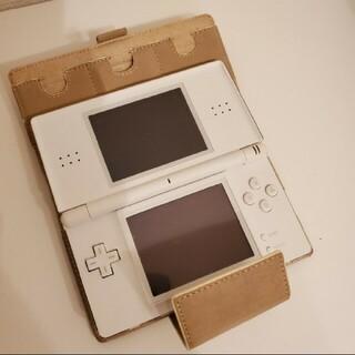 ニンテンドーDS(ニンテンドーDS)のニンテンドーDS ホワイト(携帯用ゲーム機本体)