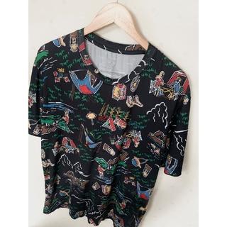 Columbia - Columbia コロンビア Tシャツ 総柄 アウトドア キャンプデザイン 刺繍