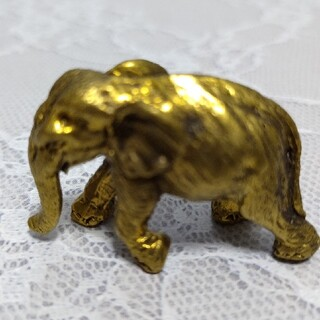 真鍮の置物①象 ゴールドカラー ぞう(彫刻/オブジェ)