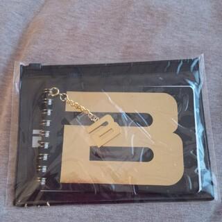ビッグバン(BIGBANG)のBIGBANGファンクラブ特典!メモパッド入りスライダーポーチ!未開封!(ミュージシャン)